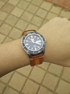 StrapsCo Thick Vintage Leather Watch Band Strap on Seiko SNZH53