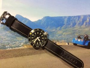 The awesome Halios 'Puck' on a great new carbon fibre strap